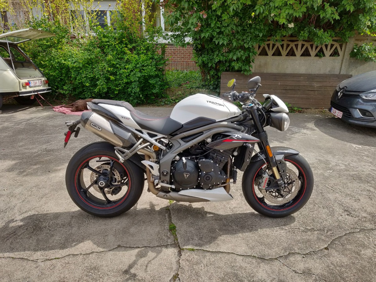 Speed Triple RS